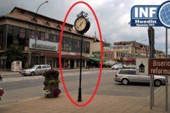 PREȚ ȘOCANT! După articolul de vineri, Primăria Huedin a comunicat cât a costat ceasul din fața instituției