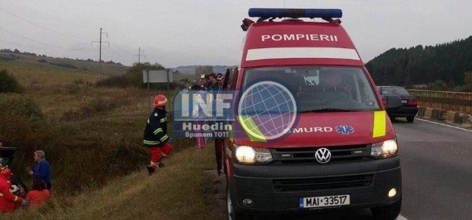 FOTO – Accident grav la Izvorul Crișului, două persoane încarcerate