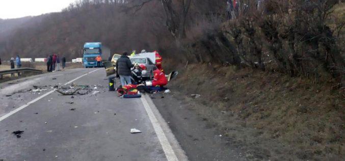 VIDEO – Accident mortal Poieni, date exacte de la Poliție: 2 morți și 6 răniți