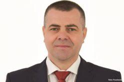 """FOTO – Primarul din Beliș a primit un cadou porno, după ce a spus """"am belit p**a"""". Foto, în articol!"""