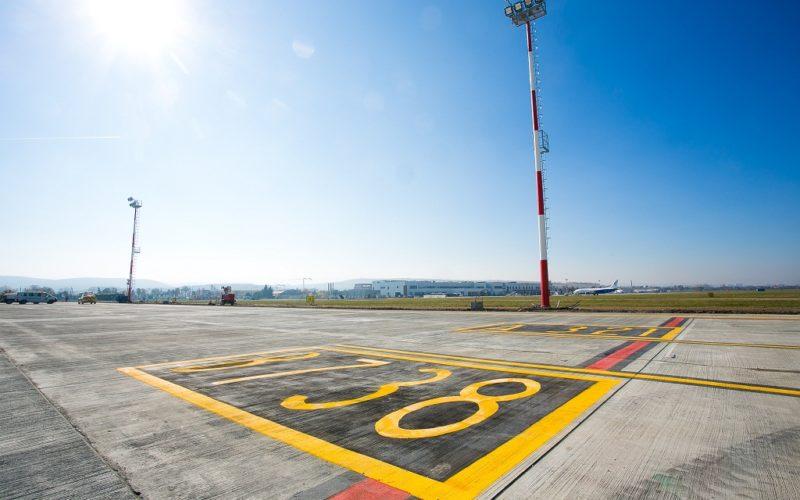 """Vizită amplasament obiective de investiții la Aeroportul Internațional """"Avram Iancu"""" Cluj de către reprezentanții Consiliului Județean Cluj (P)"""