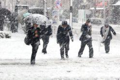 ANM: Va ninge viscolit în toate zonele de munte. Azi intră în vigoare avertizarea