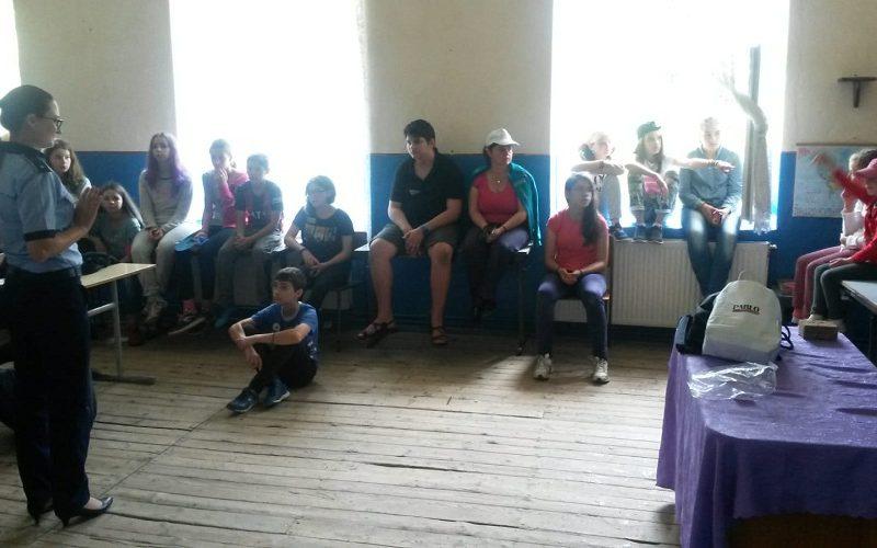Acțiuni de prevenire în taberele de vară de la Valea Ierii și Rogojel
