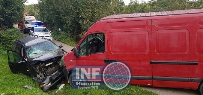 FOTO – Accident în localitatea Ciuleni din comuna Mărgău. Șoferul vinovat era băut